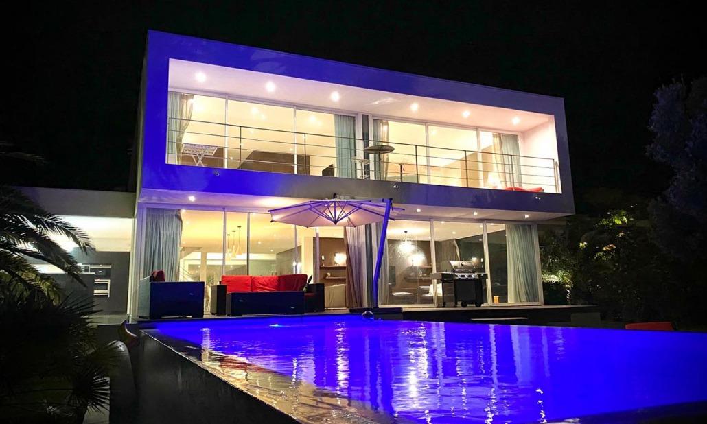 Villa extérieur nuit